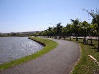 Lago Sol Poente, Por Tulio