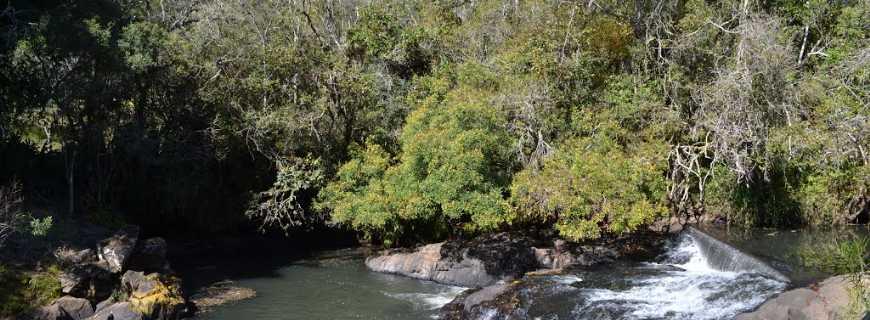 Pocinhos do Rio Verde-MG