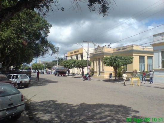 Prefeitura e Câmara, Por Noeme
