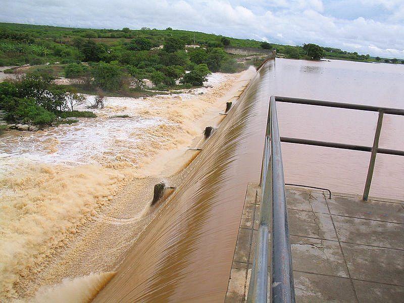 https://www.ferias.tur.br/imgs/5136/afogadosdaingazeira/g_afogados-da-ingazeira-pe-barragem-de-brotas-fotobrunosenhor.jpg