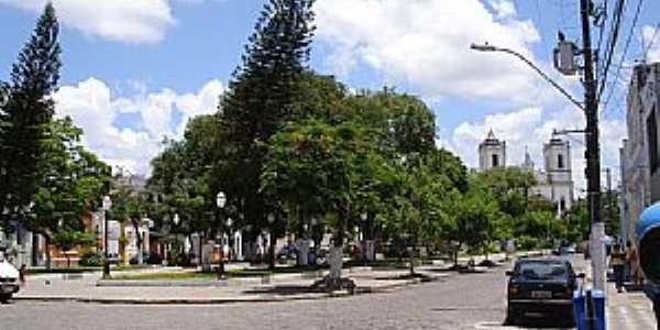Santo Amaro-BA-Pra�a do Carmo-Foto:cerrado