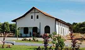 Santa Rita do Trivelato - Igreja Matriz de Santa Rita em Santa Rita do Trivelato-Foto:Eduardo Gomes de Andrade