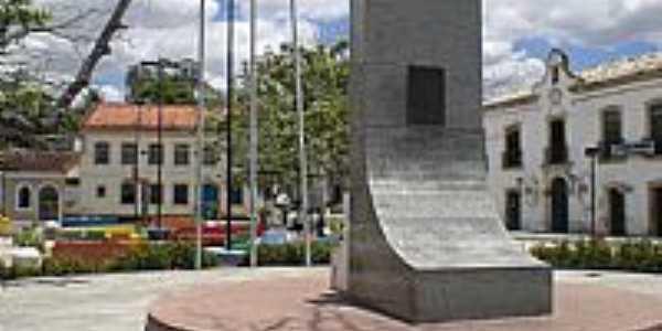 Praça central em São Francisco do Conde-BA-Foto:Carlos H. Silva de S…