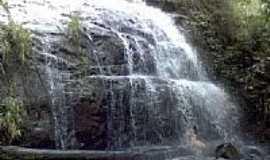Rialma - Cachoeira Córrego Café por JULIERME.G.M...