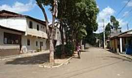 Chonin de Baixo - Chonin de Baixo-MG-Rua do centro da cidade-Foto:Izaides