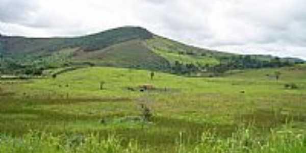 Chonin de Baixo-MG-Fazenda próximo à cidade-Foto:Izaides