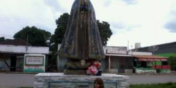 monumento de nossa senhora da aparecida, na entrada do distrito, Por Karla
