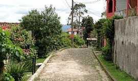 Lavras Novas - Lavras Novas-MG-Rua da cidade-Foto:www.viaggiando.com.br