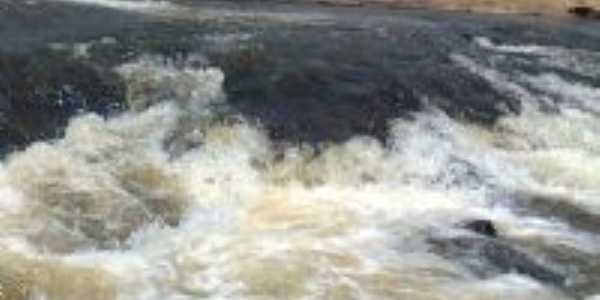 cachoeira agua mineral, Por Gean Figueiredo