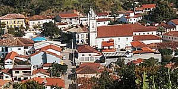 Areias-MG-Vista do centro da cidade-Foto:www.explorevale.com.br