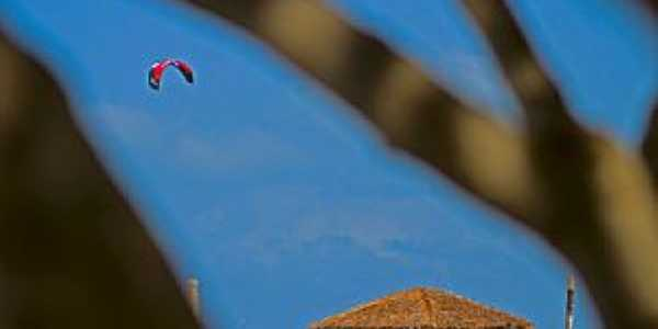 São Miguel do Gostoso-RN-Parapente na Praia do Maceió-Foto:thyrone