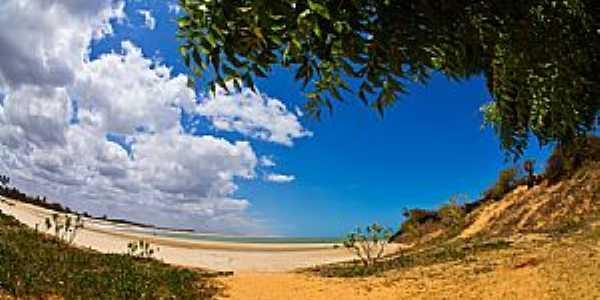 São Miguel do Gostoso-RN-Praia de Tourinhos-Foto:thyrone