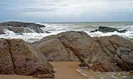 Costa do Sauipe - Rochas na Praia em Costa do Sauípe-BA-Foto:LUCIO G. LOBO JÚNIOR