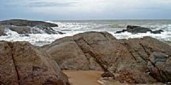 Rochas na Praia em Costa do Sauípe-BA-Foto:LUCIO G. LOBO JÚNIOR
