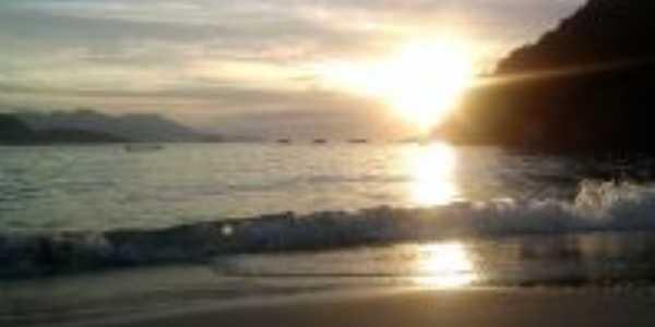 Praia Dos Ranchos, Por Paula Gimenez
