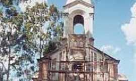 Cardoso de Almeida - Igreja em Cardoso de Almeida