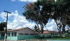 Barro Preto - Escola Estadual Domingos Chaves em Barro Preto-BA-Foto:Daniel Duarte