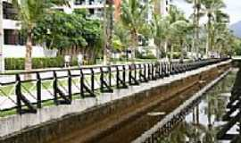 Riviera de São Lourenço - Avenida na Riviera-Foto:Beatriz Barreto Tane…