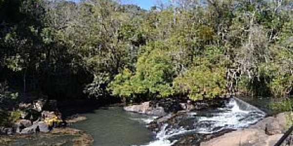 Pocinhos do Rio Verde-MG-Cachoeirinha-Foto:Roberto Pacheco de Souza