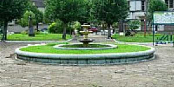 Praça central de Galópolis-RS-Foto:alepolvorines