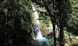 Vila de Bom Jardim - Vila de Bom Jardim-MT-Linda cachoeira-Foto:Gabriela Von Eye