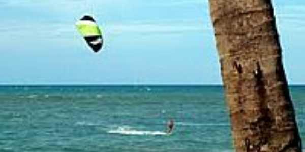 Kite no Cumbuco-Foto:Othon Farias