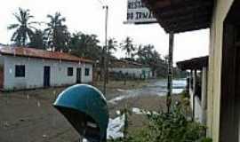 Atins - Rua principal foto  alberone