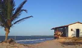 Atins - Atins-MA-Casa do Povoado e a praia-Foto:Gustavo Villas Boas