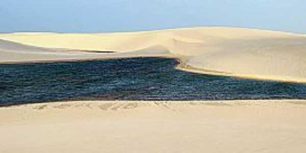 Atins-MA-Dunas do Povoado-Foto:www.viajenaviagem.com