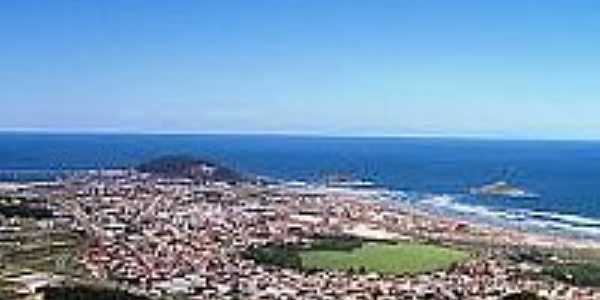 Vista da Praia do Rosa-Foto:praiadorosa.