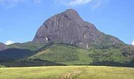 Vale do Matutu - Pico do Papagaio em Vale do Matutu-Foto:aguirre