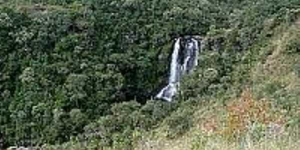 Cachoeira dos Garcias em Vale do Matutu-Foto:flickr.