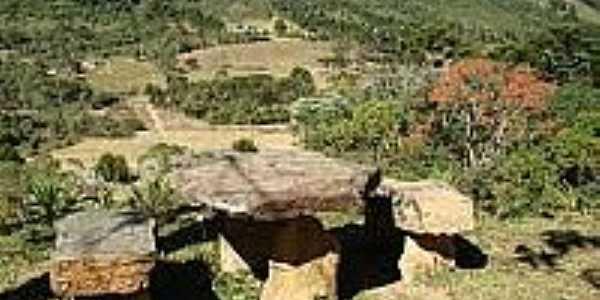 Vista do Vale do Matutu-Foto:portaldaserramatutu.