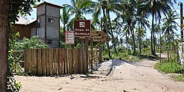 Praia da Bombaça-BA-Caminho da praia-Foto:www.praias-360.com.br