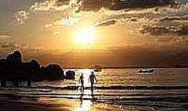 Ilha do Papagaio - Fim de tarde na Ilha do Papagaio-Foto:olhares.uol.