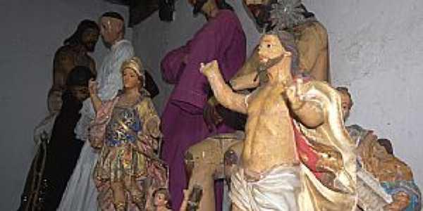 Oliveira dos Campinhos-BA-Peças de arte no interior Igreja de N.Sra.de Oliveira-Foto:?Cadu Freitas/BnL
