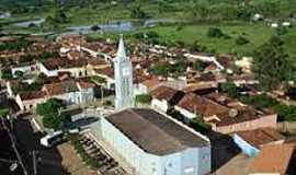 Passos Feliz - Passos Feliz-CE-Vista da Igreja no centro da cidade-Foto:lavrasnamidia.blogspot.com