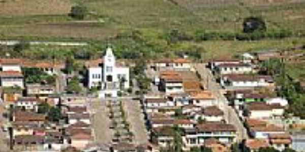 Vista parcial aérea do centro de Distrito dos Fernandes-MG-Foto:Eni