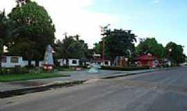 Abade - Praça do Tralhoto em Abade-PA-Foto:PEDRO PAULO