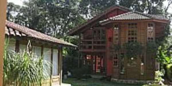 Maringá-RJ-Casas-Foto:Letacunha