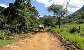 Aldeia Velha - Aldeia Velha-RJ-Estrada em área rural-Foto:Roberto Netto