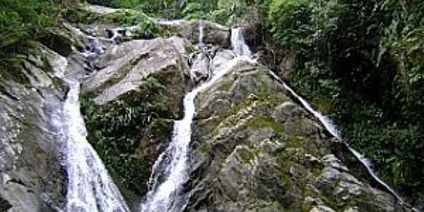 Aldeia Velha-RJ-Cachoeira da Perereca-Foto:aldeiavelha-ipuca.