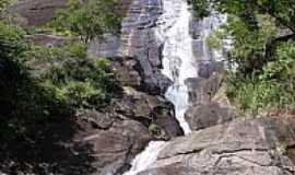 Araras - Araras-RJ-Cachoeira no Vale das Videiras em Araras,Município de Petrópolis-Foto:JR Marques