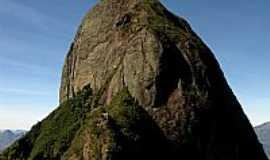 Araras - Araras-RJ-Pico da Serra da Maria Comprida em Araras,Município de Petrópolis-Foto:Thiago Haussig 2