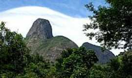 Araras - Araras-RJ-Picos da Serra Comprida em Araras,Município de Petrópolis-Foto:Thiago Haussig