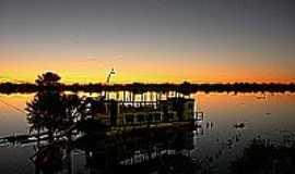 Porto Morrinho - Porto Morrinho-MS-Anoitecer no Rio Paraguai-Foto:Pedro Haasz