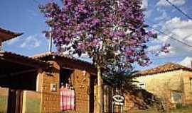 Vitoriano Veloso (Bichinho) - Vitoriano Veloso(Bichinho)-MG-Casas típicas-Foto:bichinho.net