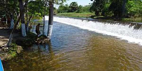 São João da Cachoeira em Carolina-MA-Balneário Queda D´Água-Foto:www.apontador.com.br