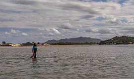 Praia da Guarda do Embaú  - Rio da Madre na Guarda do Embaú!
