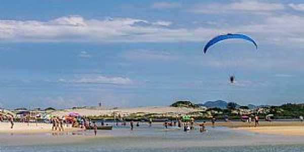 Imagens da Praia da Guarda do Embaú - SC